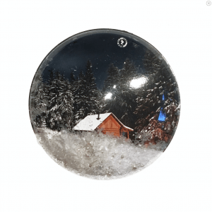 Shakers 'n' Movers Christmas House SnowDome Augmented Reality Greetings
